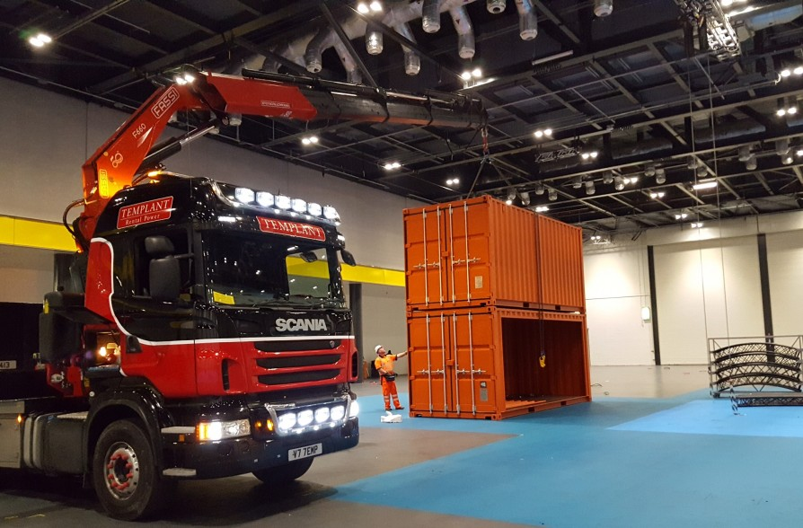 Scania V77emp container lift